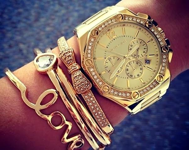 Acessórios Glamourosos Dourados Pulseiras Relógio