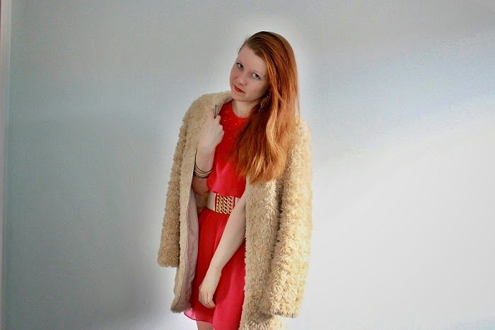 style without limits, fur coat from charity shop, cheap clothes