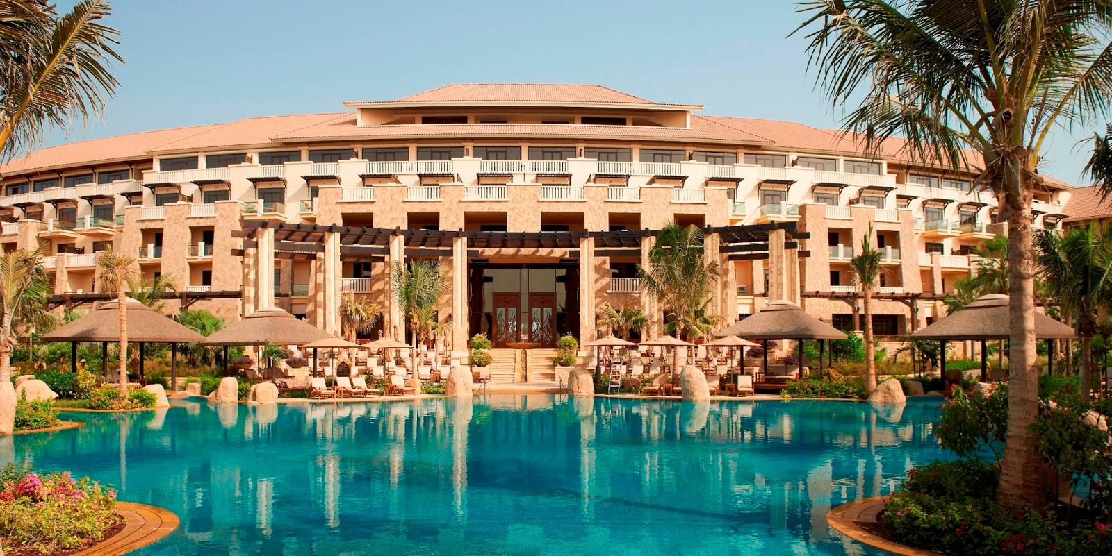 Dubai constructions update by imre solt sofitel first for Dubai palm hotel