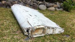 gambar sayap mh370 dijumpai