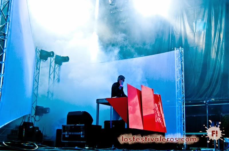 Kavinsky en el Festival Weekend des Curiosités 2014 #Toulouse