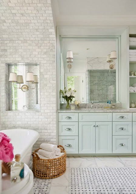 traditional gray subway marble tile bathroom