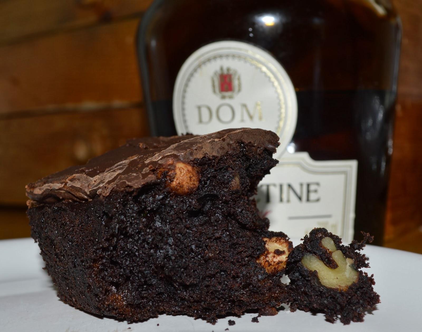 recipe, boozy courgette brownie, home baking, chocolate, hazelnuts,benedictine, alcohol,