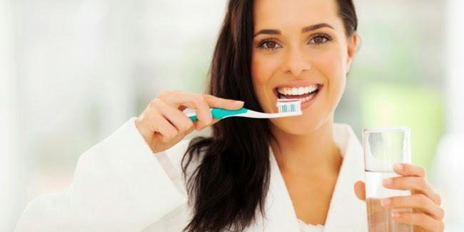 Kesehatan : Kesalahan Menyikat Gigi