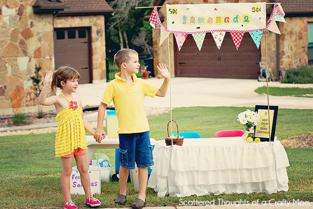 Cute lemonade stand ideas and free printables