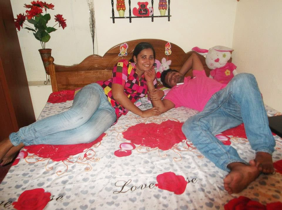 Madhu Nithyani tight jeans