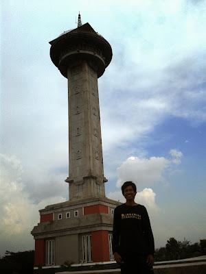 Menara yang bisa untuk melihat kawasan Semarang