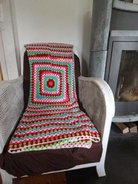 von herz und hand mittwoch h keln granny decke. Black Bedroom Furniture Sets. Home Design Ideas