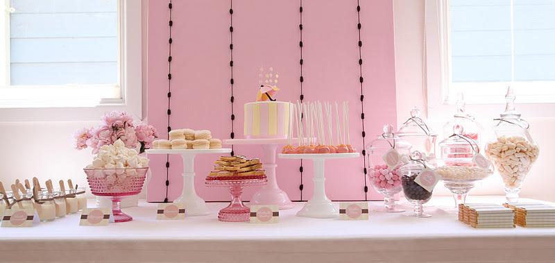 Bonnieu0027s Baby Shower Dessert Table