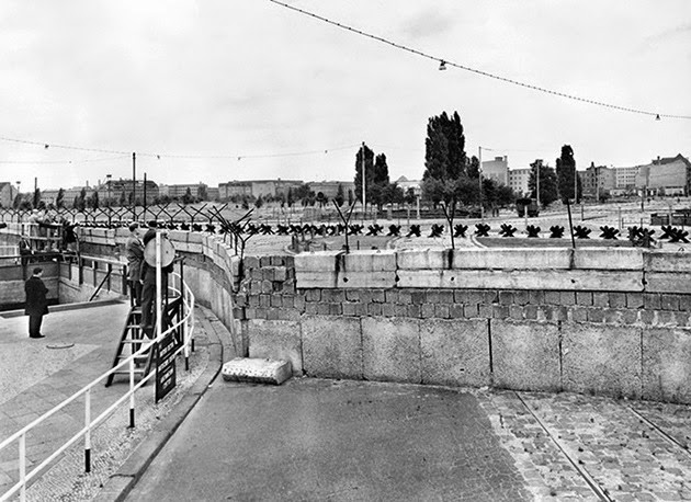 la-proxima-guerra-25-aniversario-caida-del-muro-de-berlin-2