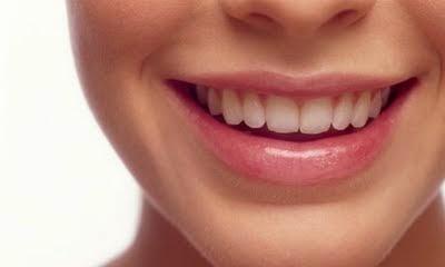 5 Resep Alami Meredakan Sakit Gigi