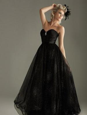 Le pamphl taire une robe de mari e noire for Faire don d une robe de mariée plus ancienne