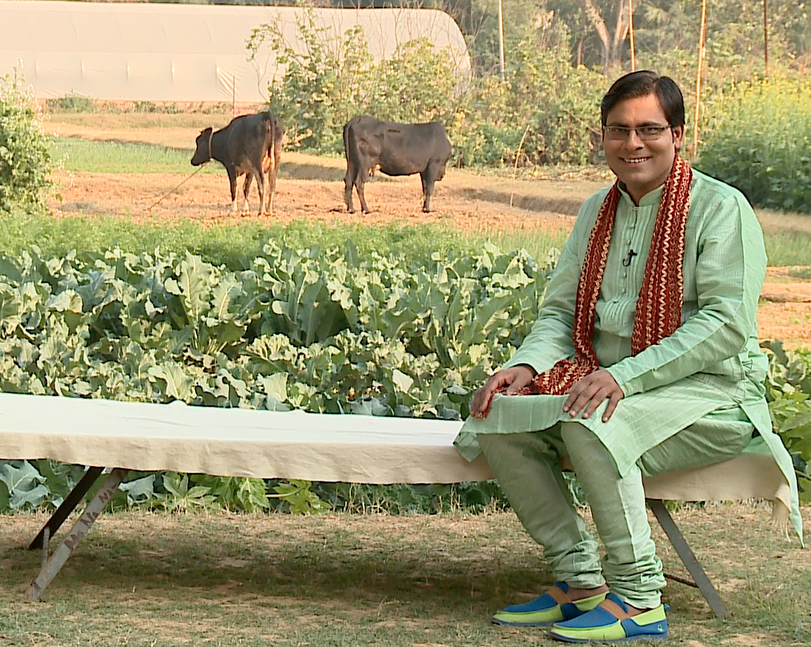 Bhojpuri Anchor Manoj Bhawuk