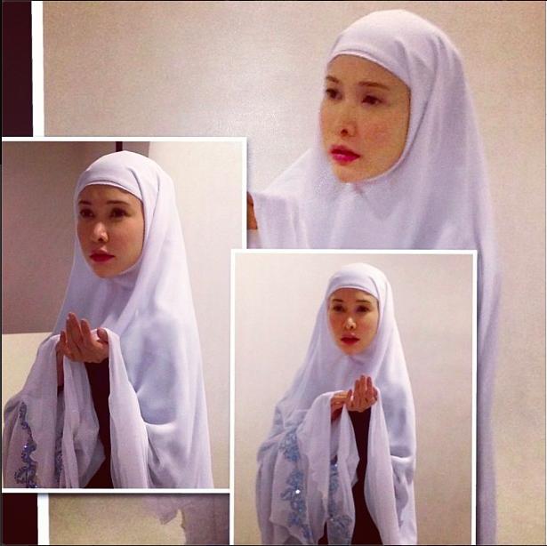 Nasha Aziz bertudung