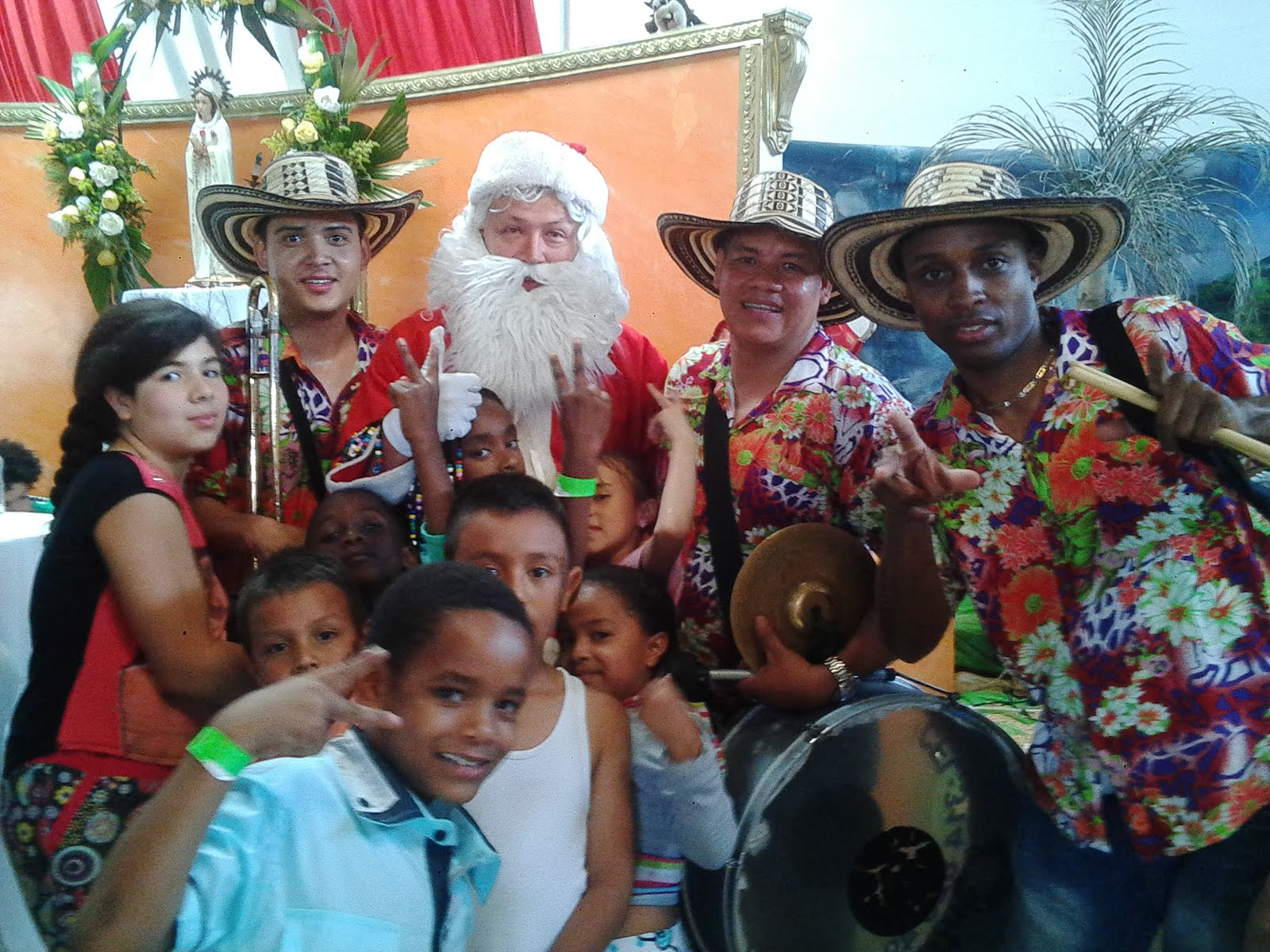 Papayeras Carnaval Tel.300 4677426