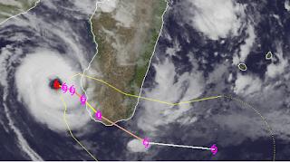 Tropischer Sturm HARUNA bei Madagaskar, Haruna, aktuell, Zyklonsaison Südwest-Indik 2012 2013, Indischer Ozean Indik, Satellitenbild Satellitenbilder, Madagaskar, Vorhersage Forecast Prognose, Februar, 2013
