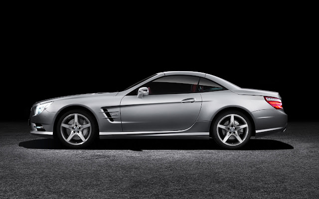 Mercedes-Benz SL side
