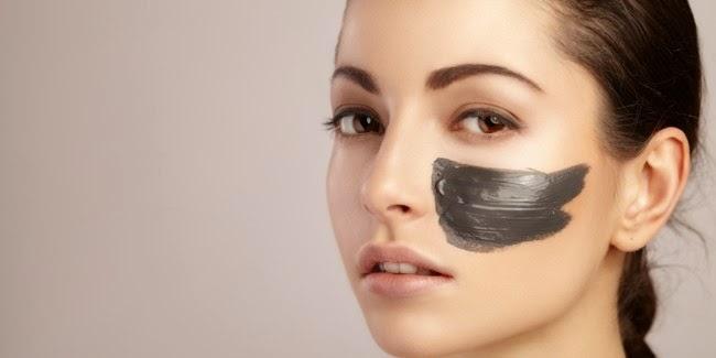 Masker Arang Bikin Wajah Mulus dan Bebas Jerawat