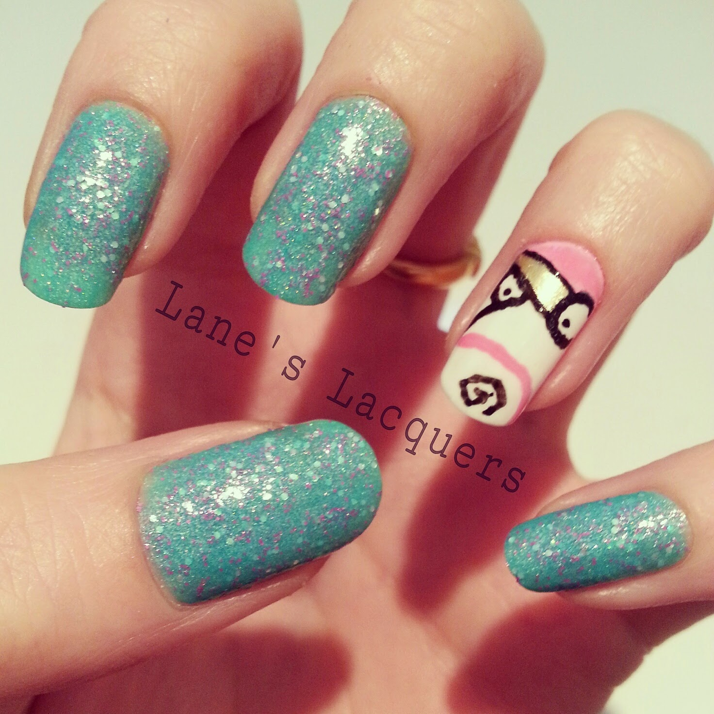 picture-polish-unicorn-despicable-me-teddy-nail-art