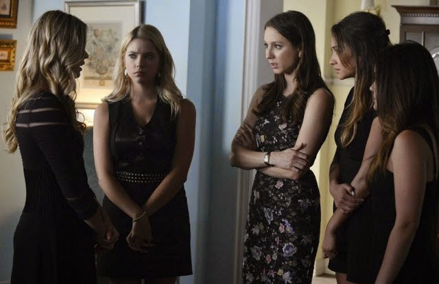 Pretty-Little-Liars-S05E03-Surfing-the-Aftershocks-Review-Crítica