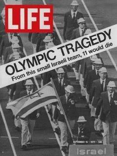 Imagem da comitiva de Israel que foi massacrada nas olimpíadas de 1972