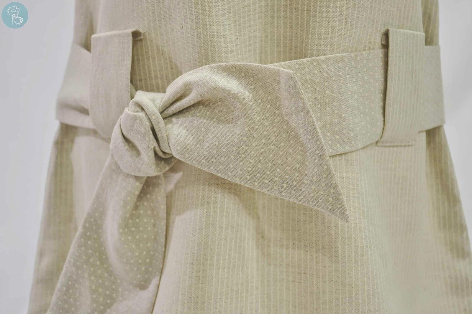 Detalle cinturón vestido Babiné en Tienda -Blog- Retamalmodainfantil