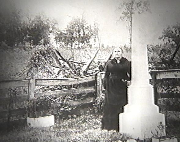 Jesse's Mother at his Grave