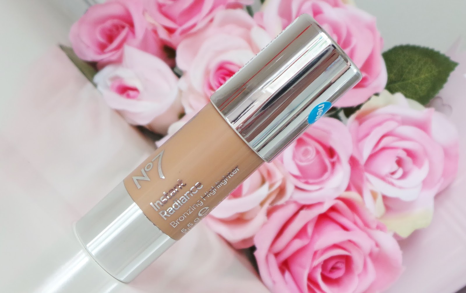 no7 instant radiance bronzing highlighter review no7 summer collection, no7 at boots, no7 cosmetics, no7 review, no7 make up, no7 summer, no7 nail polish, beauty blog, beauty blogger, bblogger, ukbeautyblog, ukbeautyblogger,