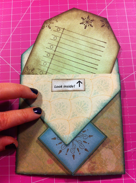 fancy-fold-card-stamp-distress-ink-tag