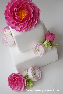 pink and white wedding cake, wedding cake with clay flowers
