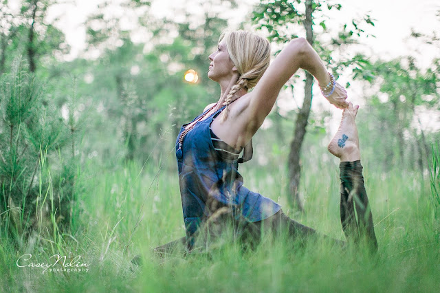 Morning rituals, Rise and shine, rachel taylor, casey nolin photography, yoga girl, ayurvedic tips, prairie yogi