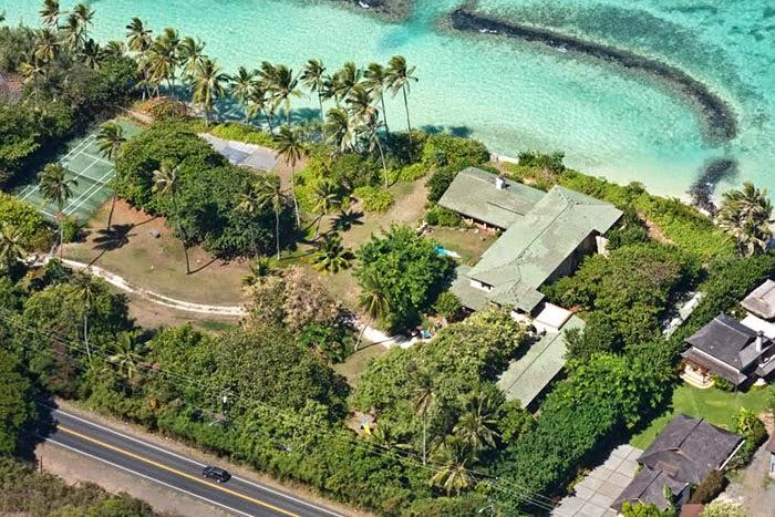 Casa onde foi filmada a série Magnum é vendida em Miami.