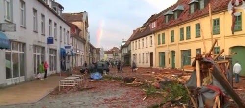 Buetzow_Germany_tornado_aftermath