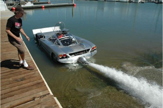 Worlds fastest amphibious land speed vehicle