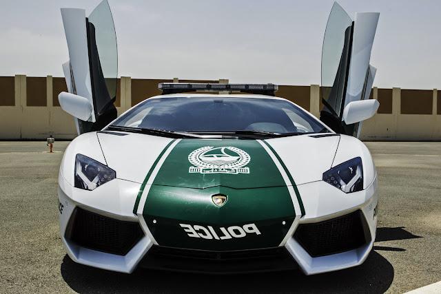 Dubai Patrol Police Lamborghini Aventador