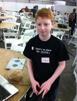 http://2.bp.blogspot.com/-U4VjCeVX84E/T5nOVlH0HjI/AAAAAAAAAdI/TRPqN98eWaQ/s1600/meet-this-17+year-old-self-taught-hacker.jpg