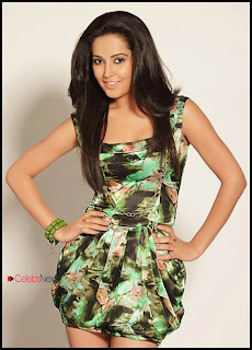 Disha Pandey Latest Pictureshoot Gallery ~ Bollywood and South Indian Cinema Actress Exclusive Picture Galleries
