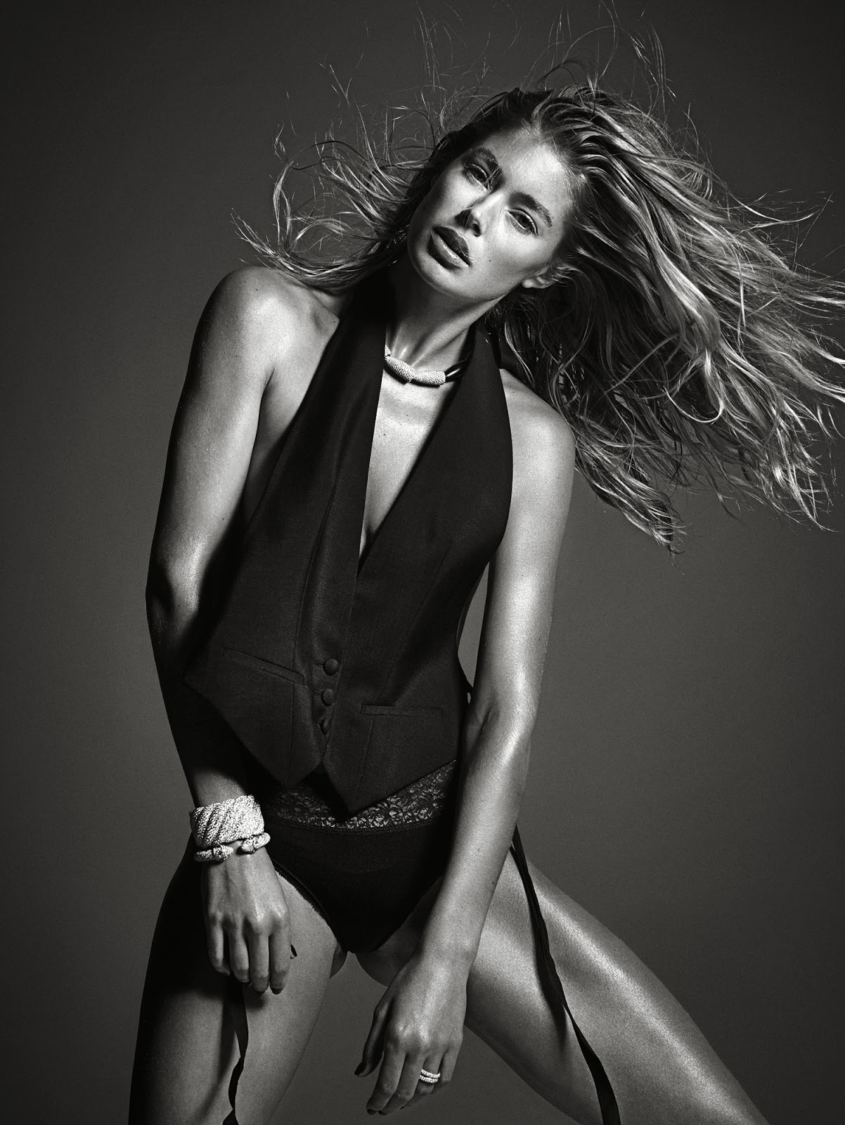 Doutzen Kroes HQ Pictures W China Magazine Photoshoot March 2014 By Mario Sorrenti