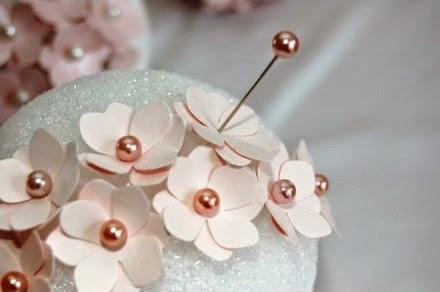 Cara Membuat Kerajinan Tangan Dari Kertas, Bunga Kertas 3