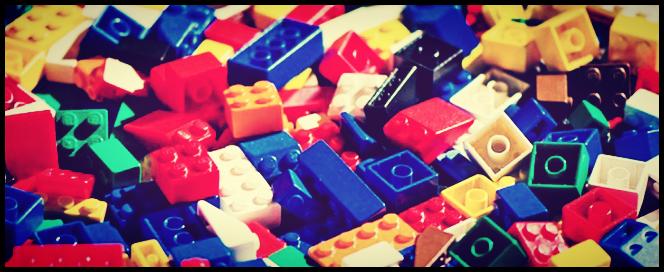 http://2.bp.blogspot.com/-U5GWwi7uyec/VDr66kTeaVI/AAAAAAAAWi8/bxPm2LYvZtU/s1600/Lego.png