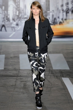 DKNY-Spring-2013-Collection-15