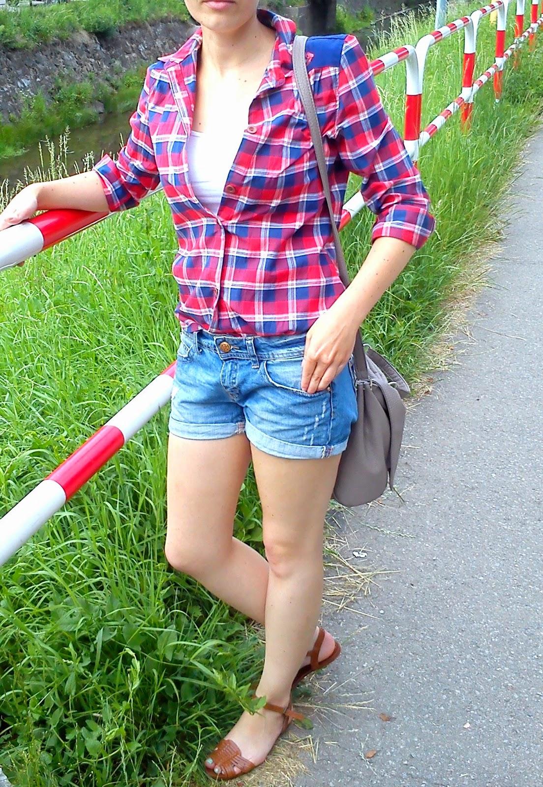 http://noszepolskie.blogspot.com/2014/07/slow-fashion-na-przykadzie-koszuli-by.html