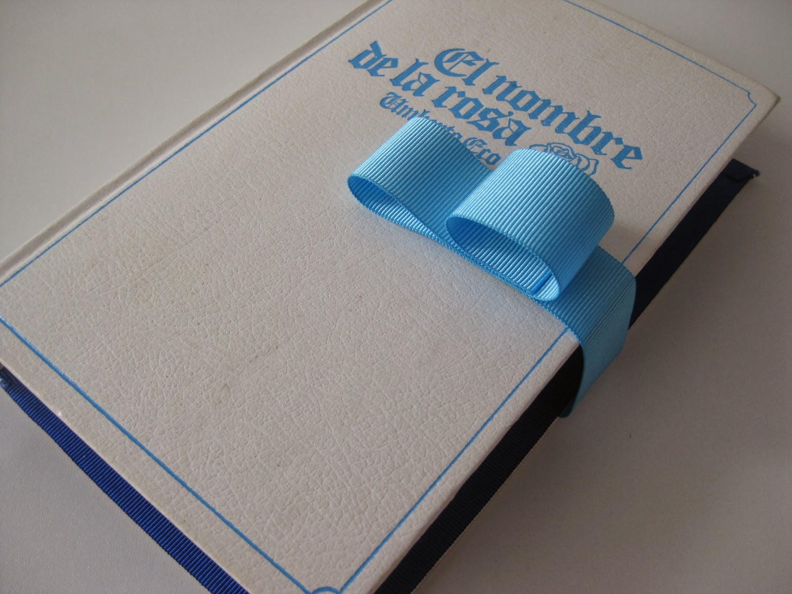 Libros-bolso reciclados y artesanales