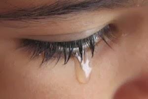 Ver salir una lágrima de mi rostro por tristeza me hace feliz
