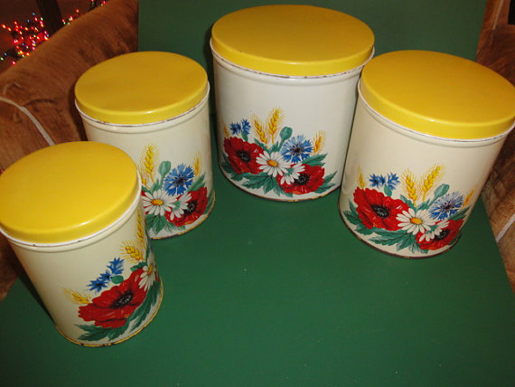 Leoladys House Collectibles and Gardens: Vintage Kitchen and ...