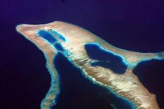 Ini 8 Pulau Berbentuk Unik Nan Indah Memukau Dunia