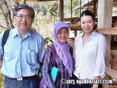 Foto Kunjungan Sorgum bersama Shinoki, Fitri, Akiko