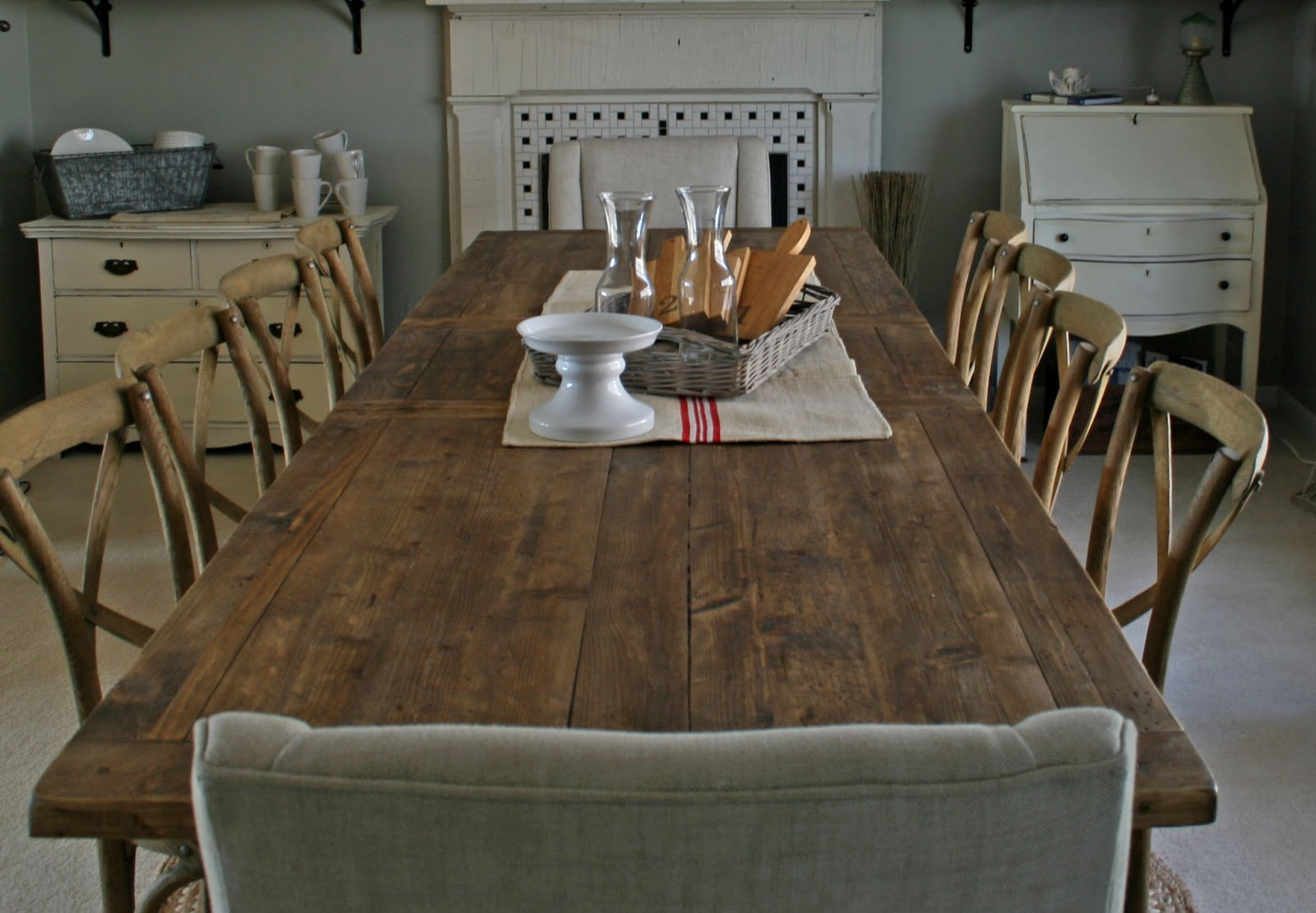 Midwest Cottage Finds Front Room To Dining
