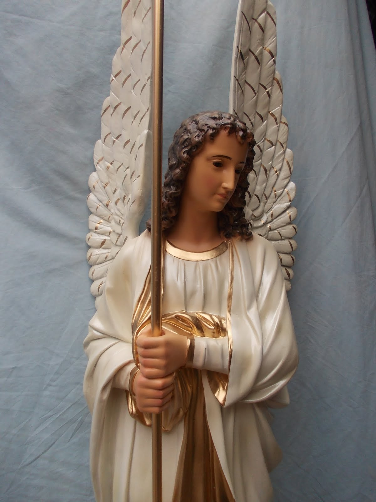 Angelitos de yeso yeso dos angeles en los brazos sentado - Angelitos de yeso ...