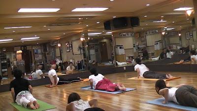 Osaka yoga